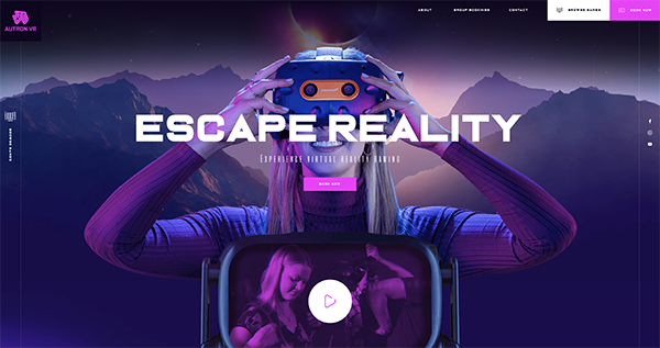 Engaging header with VR experience